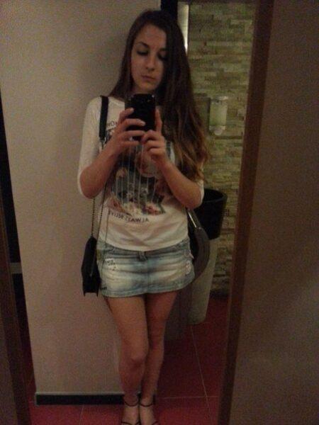 Alexandra, 18 cherche bon moments