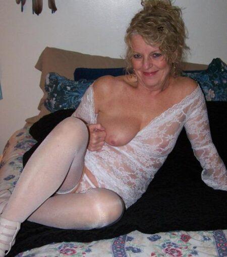 rencontre sexe avec Marnie, belle baiseuse dépravée a LeMans