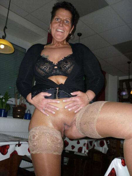 Sandra cherche une belle rencontre